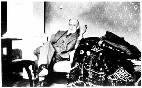 Dimensions historiques de la psychanalyse